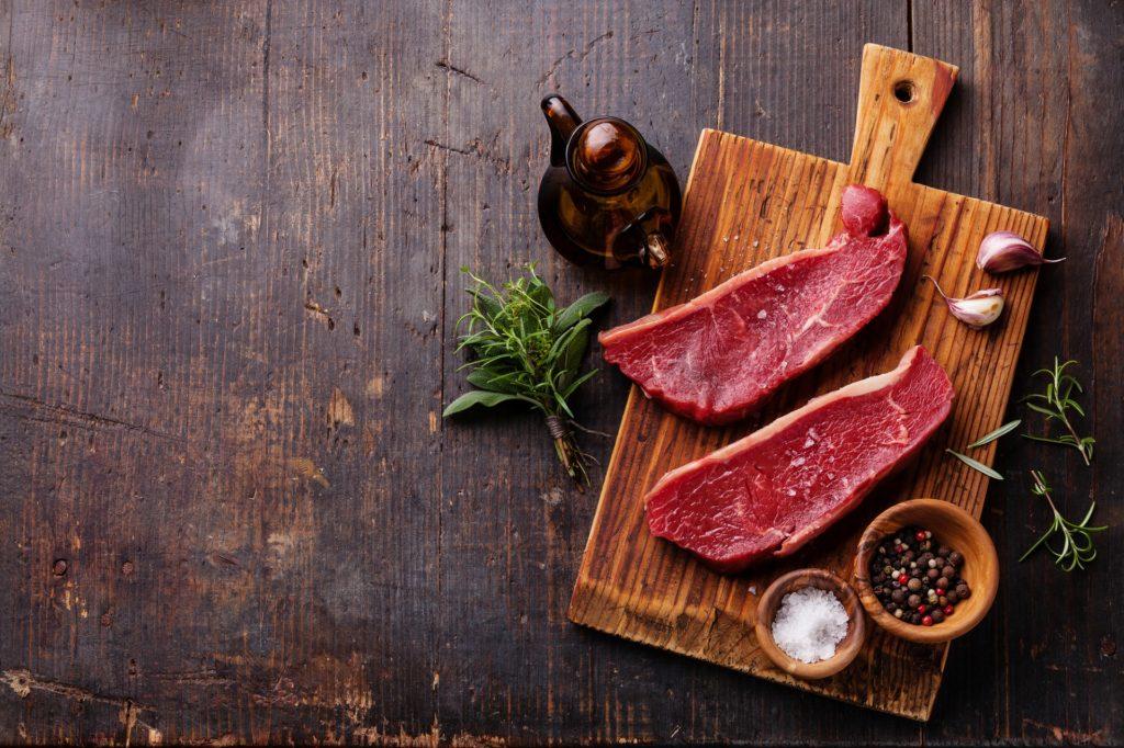 Mięso na desce